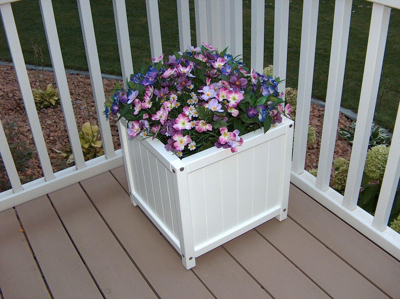 """17"""" Prestige Planter box (will hold a 14"""" pot) - White"""