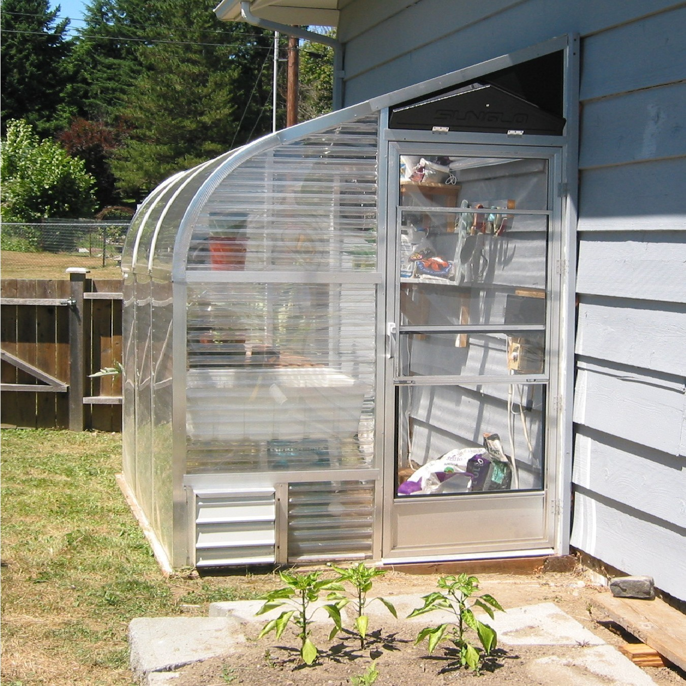 "SunGlo 1500b 5' 1.5"" x 7' 6"" Lean-to Greenhouse - Premium Kit"